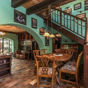 Prodej domu 300m2 pozemek 703m2 - 8