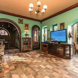 Prodej domu 300m2 pozemek 703m2 - 9