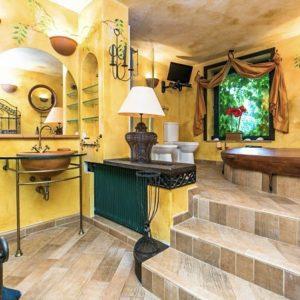 Prodej domu 300m2 pozemek 703m2 - 2