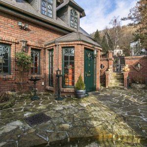 Prodej domu 300m2 pozemek 703m2 - 15