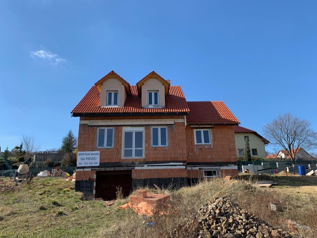 Prodej rodinného domu 106m2, pozemek 1300m2 - 0