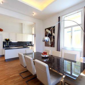 Prodej bytu 4kk 189m2 - 2