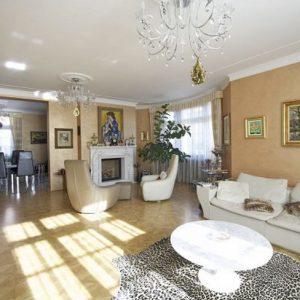 Prodej vily 1000m2, pozemek 1486m2 - 3