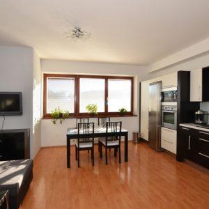 Prodej bytu 3+kk, 88 m2, Jesenice, Praha-západ - 1