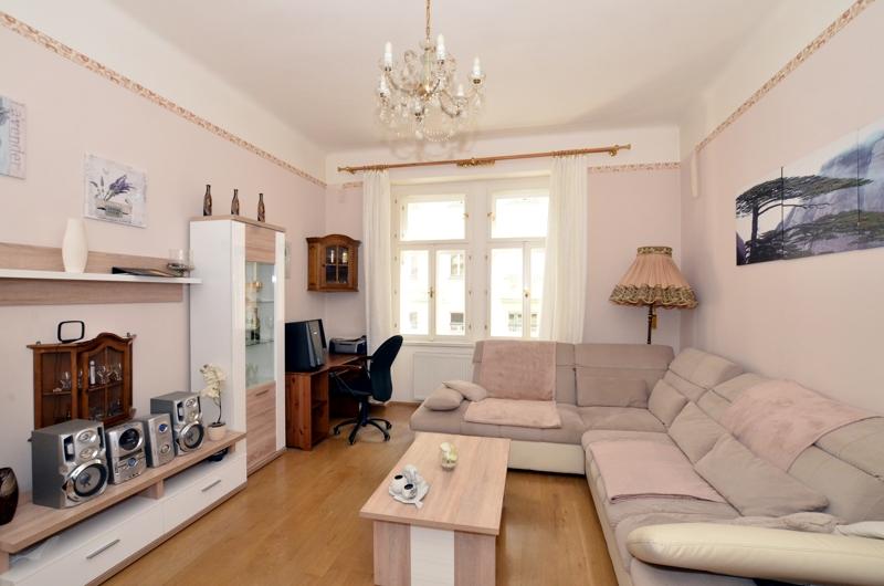 Prodej bytu 3+1, 95m2, Praha 7 – Holešovice - 0