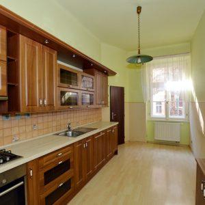 Prodej bytu 3+1, 95m2, Praha 7 – Holešovice - 3