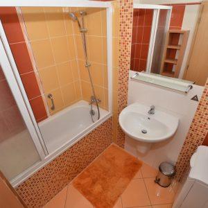 Prodej bytu 3+kk, 88 m2, Jesenice, Praha-západ - 8